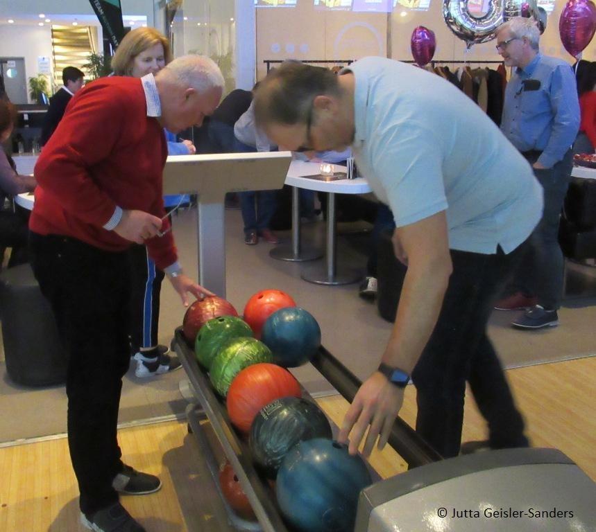 Geisler Sanders Bowling 2020 (1 1)